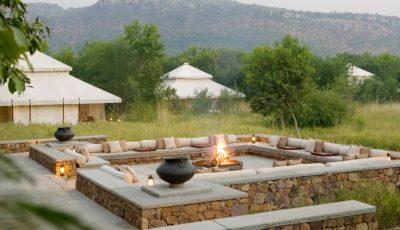 Aman-i-Khas - Outdoor Fireplace