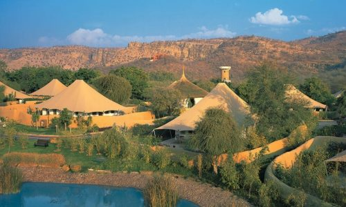 The Oberoi Vanyavilas Luxury Resort
